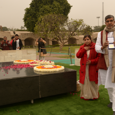 Mr. Kailash Satyarthi visited raj ghat to pay his respects to the father of the nation after winning the nobel peace prize in 2014