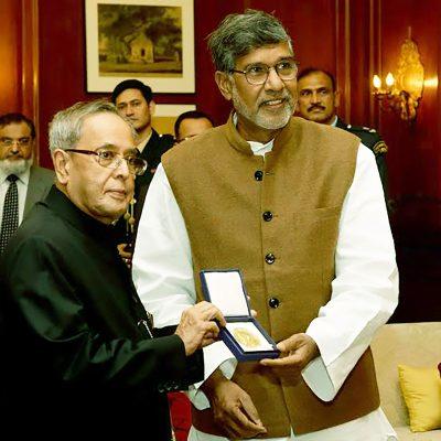 Kailash Satyarthi with nobel prize