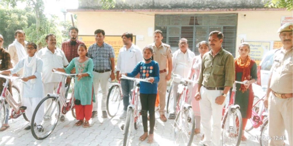 im KSCF Distributes Cycles to Encourage Girls to Continue Their Education
